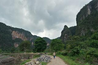 wisata lembah harau limapuluh kota sumatera barat