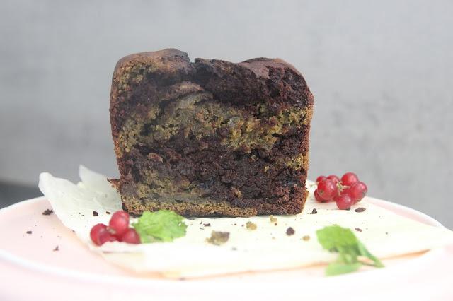Cuillère et saladier : Cake marbré menthe-chocolat (vegan)