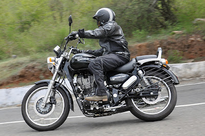 Royal Enfield Thunderbird 350 with rider image
