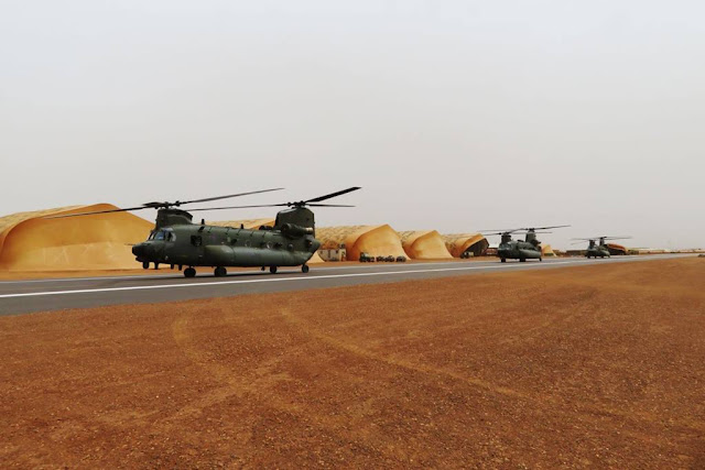 UK deploys Chinook helicopters Mali