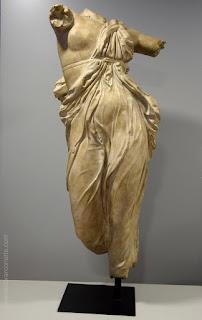 Torse de femme grecque