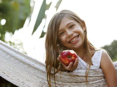 Cuida hábitos alimenticios niños
