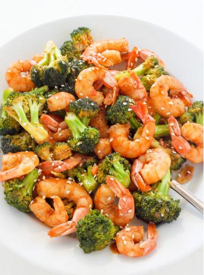 20-Minute Skinny Sriracha Shrimp and Broccoli #dinner #healthyeating