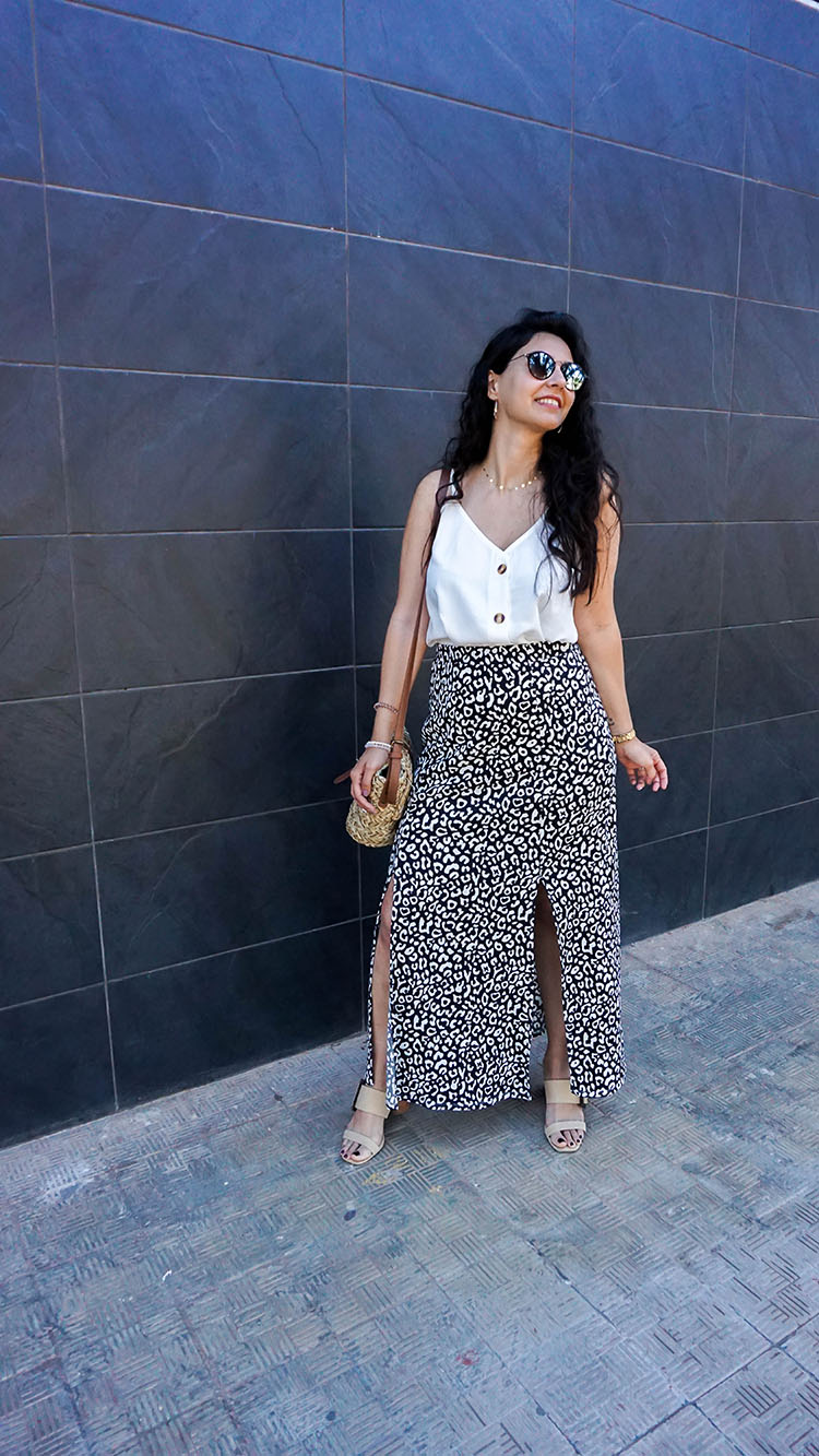 Look de Verano con maxi falda