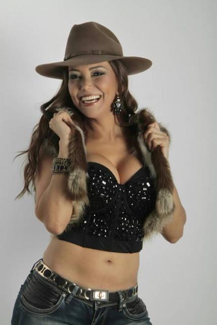 Scarlet Linares
