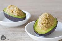 Avocado gevuld met Tapenade van groene olijven