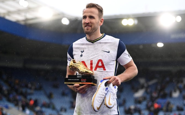Harry Kane leaves Tottenham for Manchester City signing a deal worth €190 million
