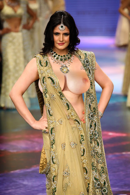 Zareen Khan nude saree fake showing her nude boobs, huge boobs cleavage from saree
