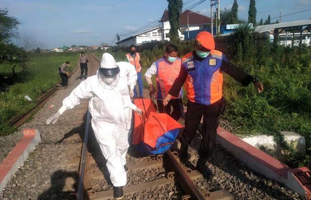 Seorang Pemancing Tewas Tertabrak Kereta Api di Pasuruan