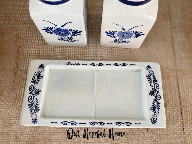 blue white porcelain nesting tray platter
