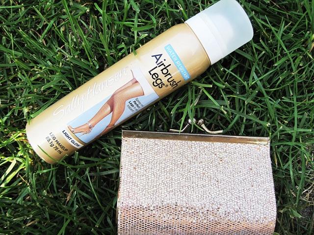 6ec8a5a8222f99 Mój kosmetyczny hit lata – Rajstopy w sprayu Airbrush Legs od Sally Hansen