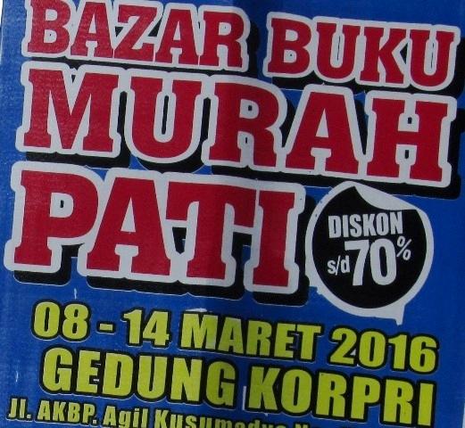 Panitia bazar sendiri mengklaim bila harga buku yang dipamerkan murah ...