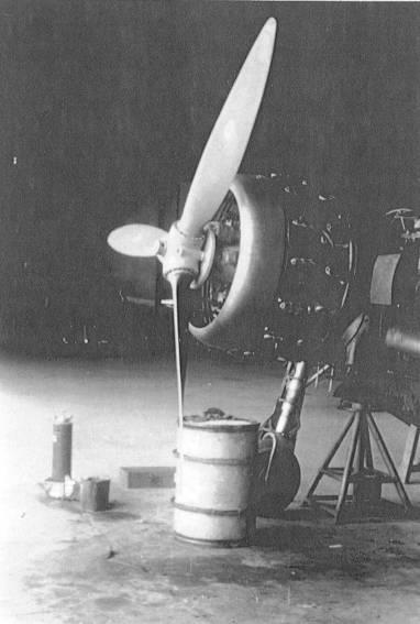Aeroporto mondovì 1940 hangar bidone benzina fusto regio esercito