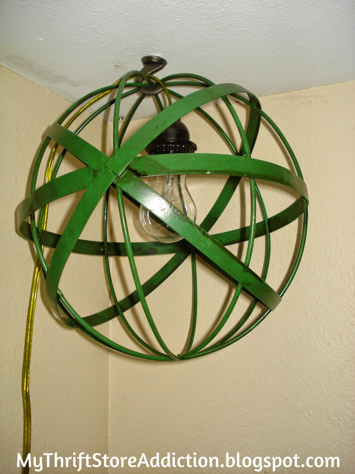 Repurposed metal sphere lamp