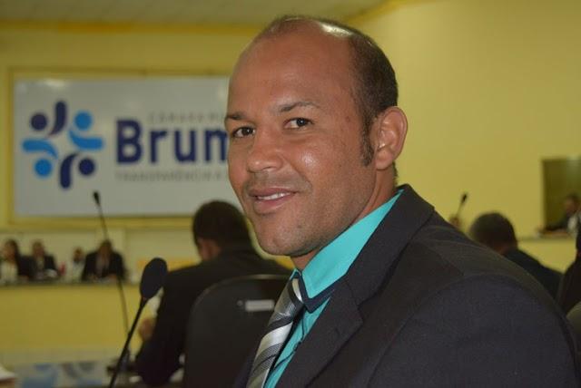 Morre aos 38 anos, o ex-vereador de Brumado Elias Piau por complicações da Covid-19