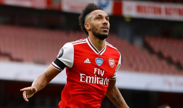 Mikel Arteta: Liverpool and City win will convince Aubameyang to sign new deal