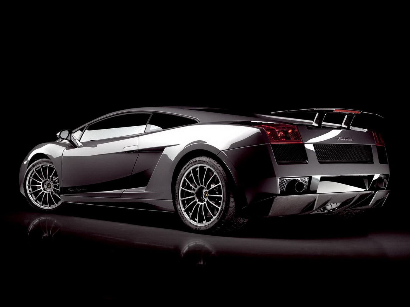 amazing and dashing car wallpapers in hd - warner buzz