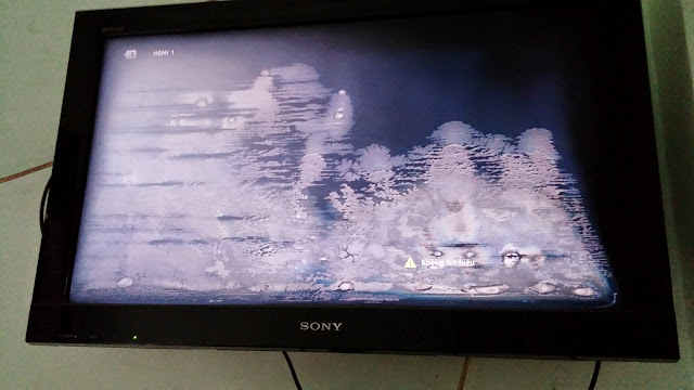 Hướng dẫn chi tiết tự dán màn hình tivi bị Phồng Rộp Mốc