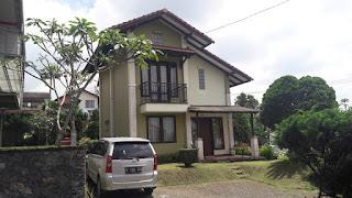 Blok I No 10 3 Kamar Villa Di Istana Bunga