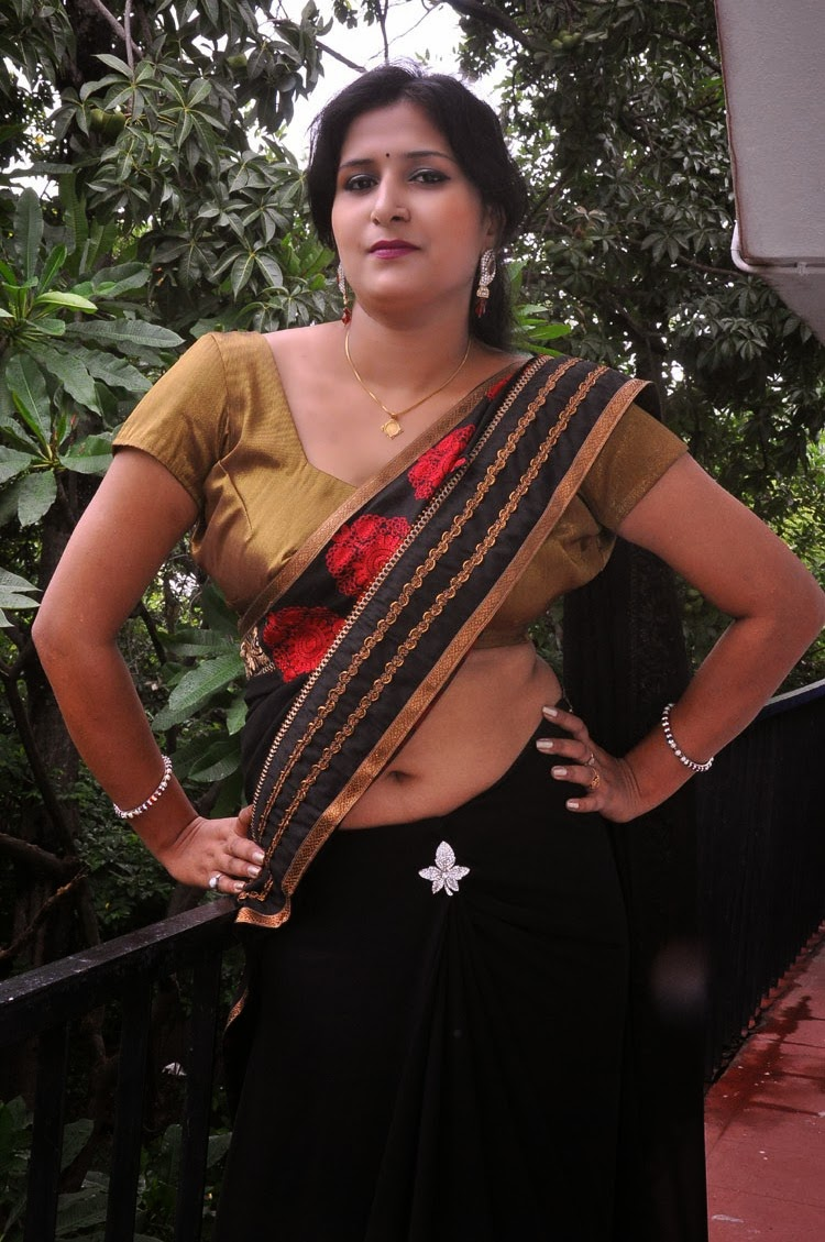 Mallu Sexy Hot Photos