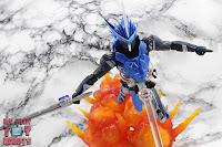 S.H. Figuarts Kamen Rider Blades Lion Senki 38
