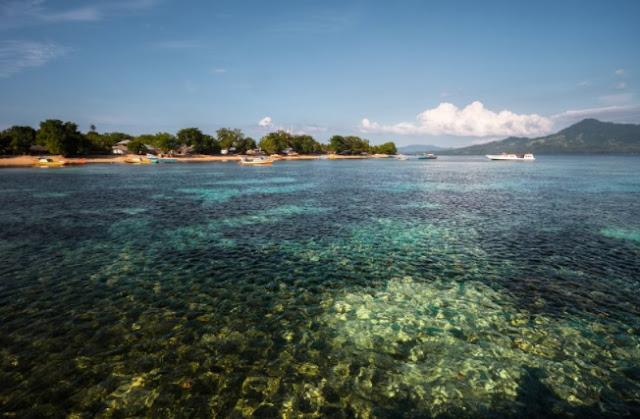 Taman Laut Bunaken - Manado, Sulawesi Utara