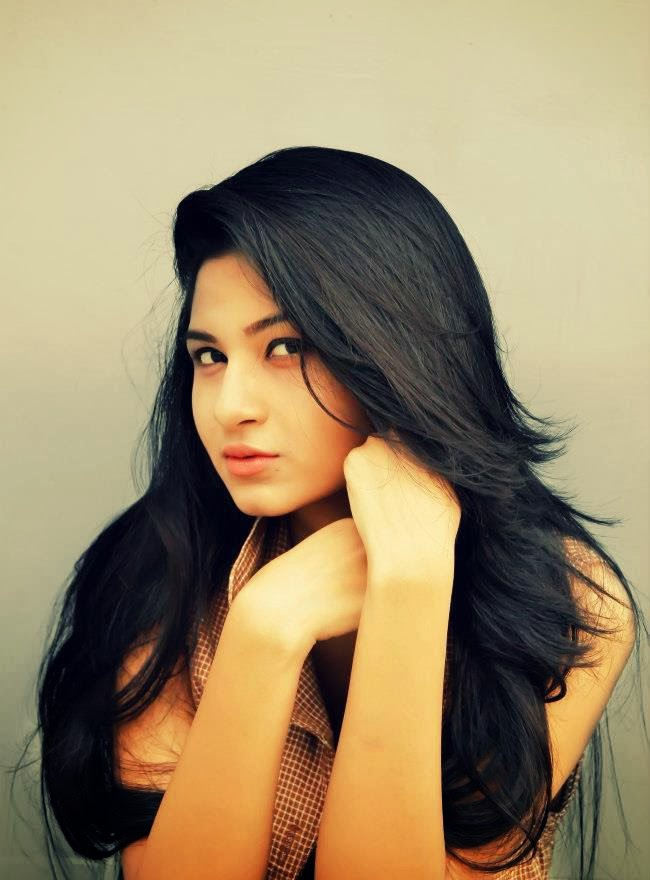 Bangladeshi Actress Orchita Sporshia Short Biography & Pictures 14