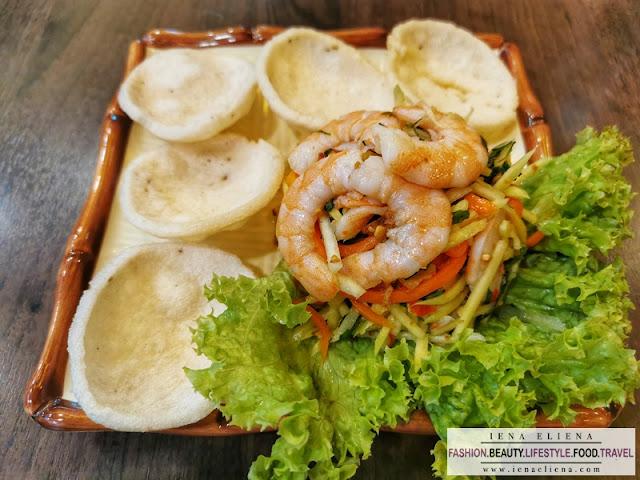 Manggo salad Prawn