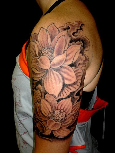 1990Tattoos: Black Lotus Tattoo