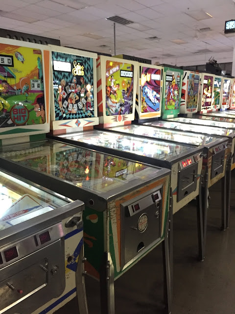 Budget-Friendly Las Vegas Attractions: Pinball Hall of Fame | Will Bake for Shoes