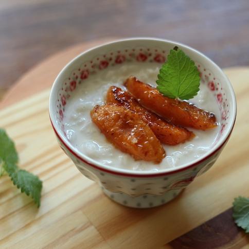 Ryż na mleku z morelami w karmelu