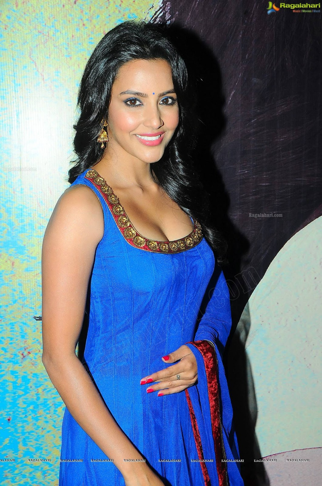 Priya Anand In Blue Churidar Hot Photos  Bollywood -7188