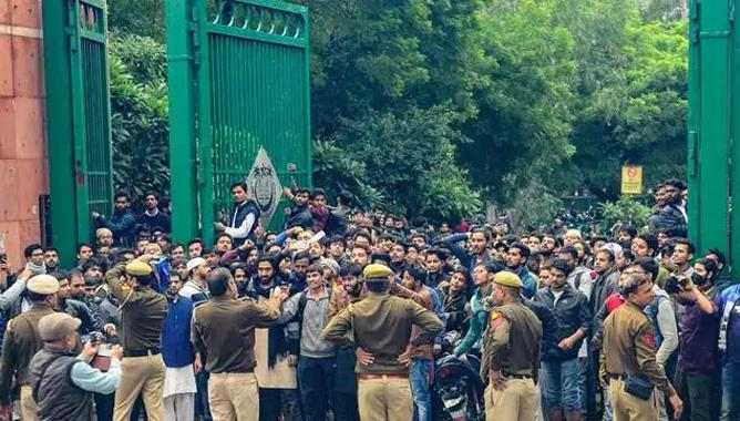 Action to be taken against those who unleashed violence; Jamia University to sue Delhi Police,www.thekeralatimes.com