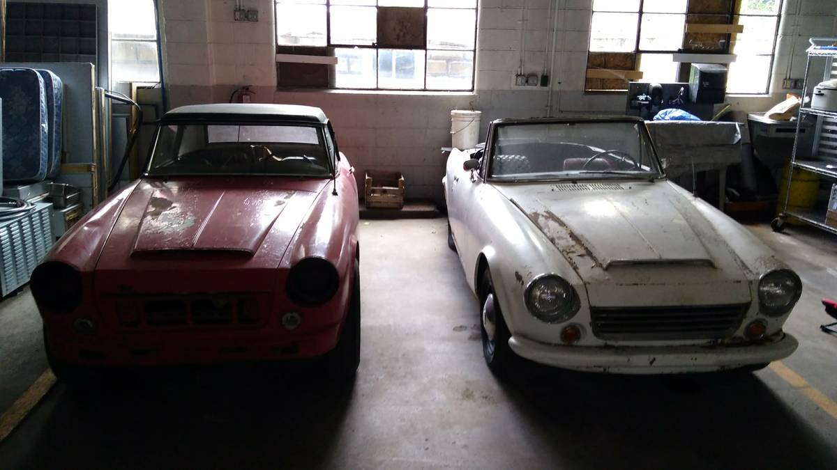 Crawling From The Wreckage: Datsun Sports Roadster - Ugly Duckling