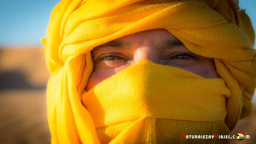 Antonio Ruiz en el desierto del Sahara, Erg Chebbi, Merzouga, Marruecos