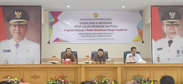 Bupati Kep. Selayar Buka Sosialisasi Dan Verifikas,i Calon Penerima Bantuan  RTMP