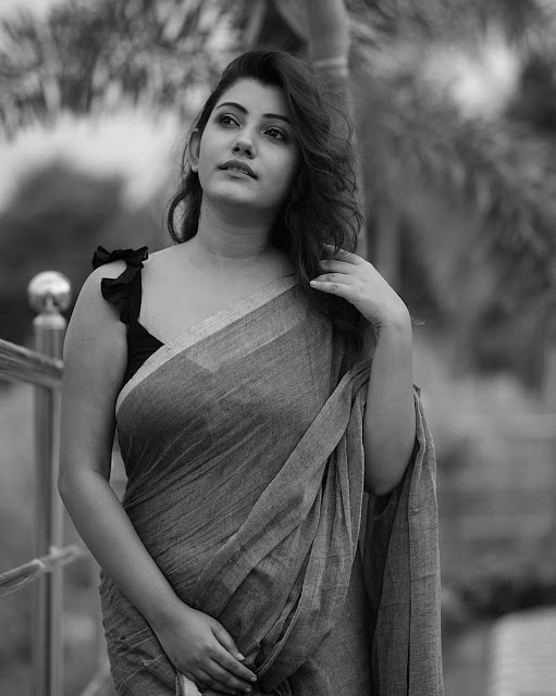 Telugu Actress Stunning Pics In Saree  IMAGES, GIF, ANIMATED GIF, WALLPAPER, STICKER FOR WHATSAPP & FACEBOOK