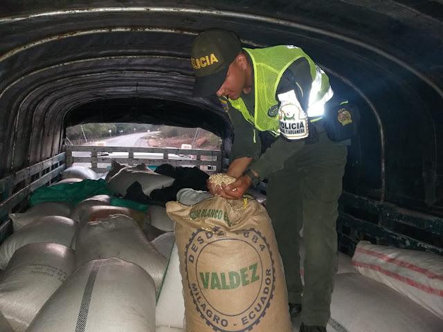 12 toneladas de maíz retuvieron autoridades entre Maicao y Albania