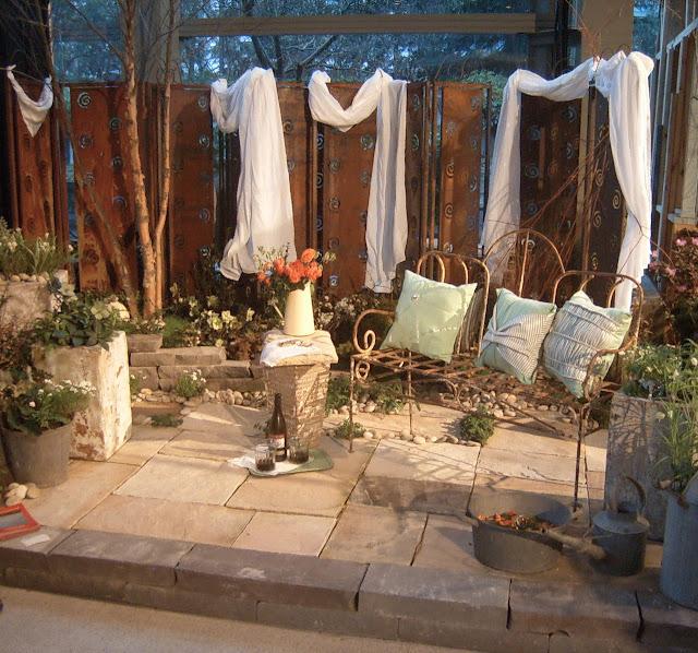 Writing a Garden: F & G Show, day 4 - Tiny Condo Patio