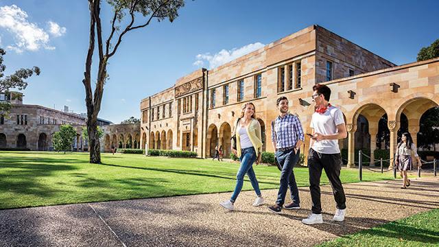 فرصة مميزة للطلاب للحصول على كورسات جامعة كوينزلاند أستراليا على الإنترنت 2020 (دورات مجانية)