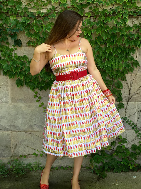 bernie dexter white lipstick print chelsea dress size large