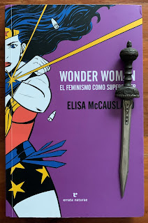 Portada del libro Wonder Woman: el feminismo como superpoder, de Elisa McCausland