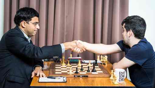 Ronde 7: victoire facile de Viswanathan Anand sur Ian Nepomniachtchi - Photo © site officiel