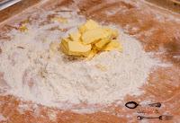 biały ser, ciasta i desery, deser, oponki, oponki z serem, prosty przepis na serowe oponki, przepis na oponki, SEROwe oponki, szybkie oponki, tłusty czwartek, twaróg,