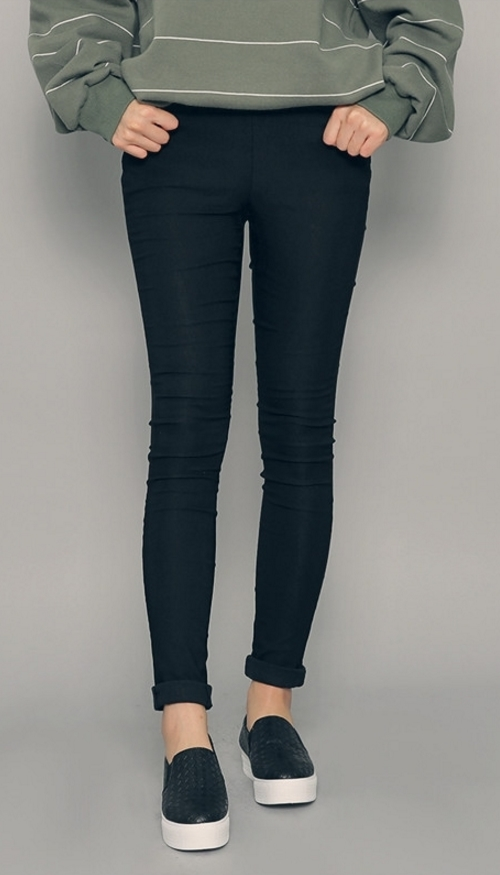 Stretchable Banded Waist Leggings