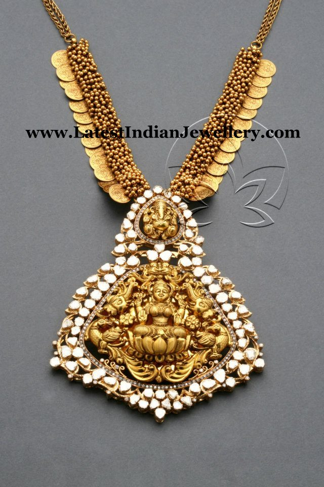 emerald-beads-necklace Mala Beads Bali