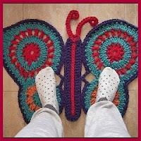 Alfombra mariposa a crochet