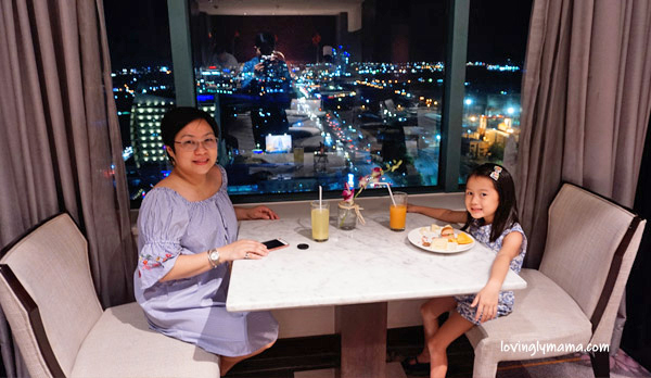 family friendly hotels in the Philippines - Philippine hotels - list of family friendly hotels in the Philippines - Bacolod mommy blogger - Bacolod blogger - swimming pool - family - family travel - family vacation - Radisson Blu Cebu - mother and daughter bonding