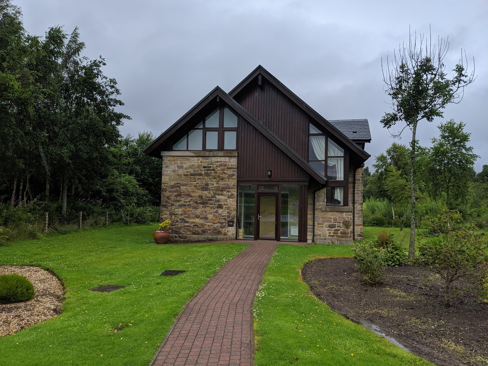 A Short Break at Cameron Lodges, Loch Lomond - lodge 116 exterior