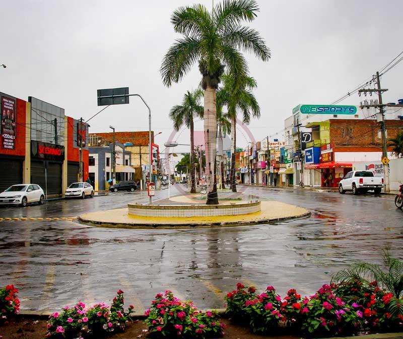 Irecê-BA recebe mais de 10 horas de chuva ininterrupta  previsão é ... 3df9288cf66